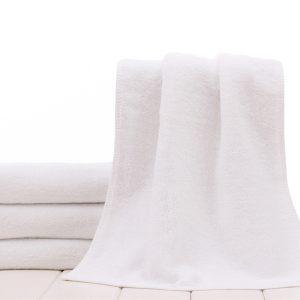 beyaz havlu 1 (800 x 600)